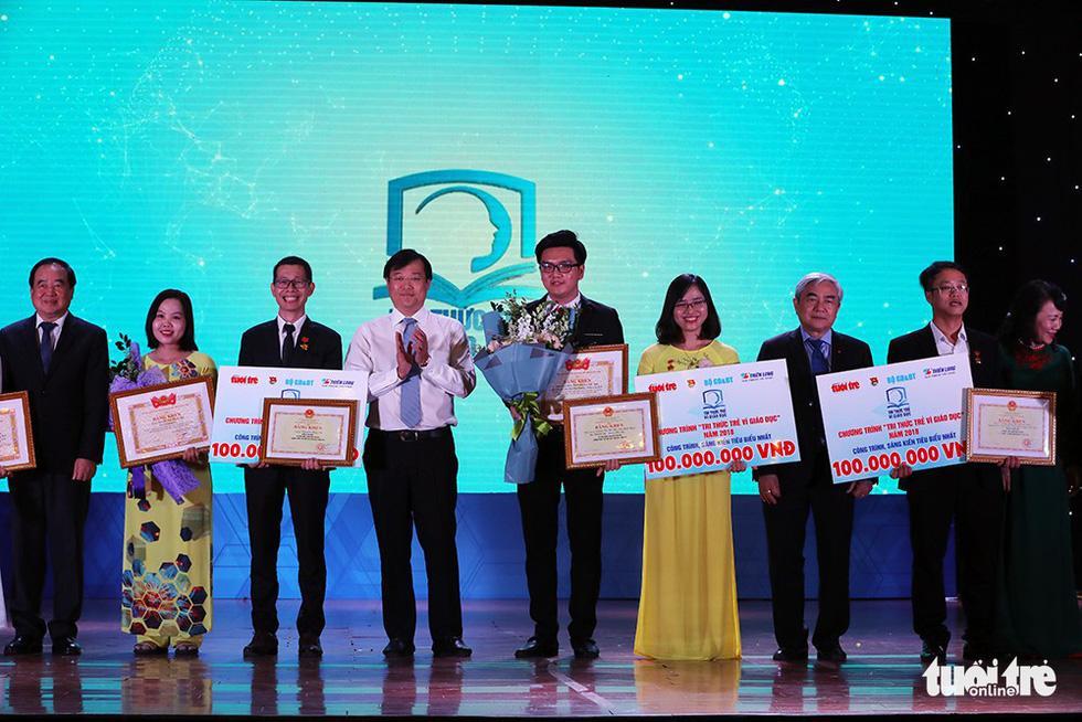 TS. Lục Quang Tấn –  Một trưởng khoa đam mê nghiên cứu khoa học
