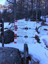 Photo: Indicazioni per altri valloni laterali,mete molto valide per altre gite su neve.