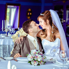 Wedding photographer Evgeniya Korobeynikova (PhotoGinger). Photo of 05.12.2013