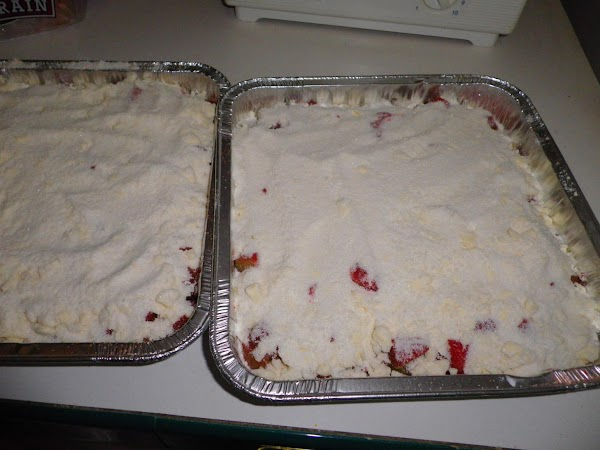 Streusel topping: 1/2 cup butter, 1 1/2 cup granulated sugar, and 1 cup flour.
