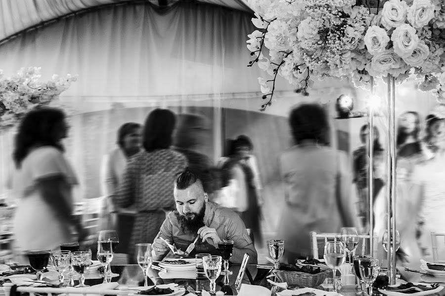 Wedding photographer Slava Semenov (ctapocta). Photo of 14.11.2019