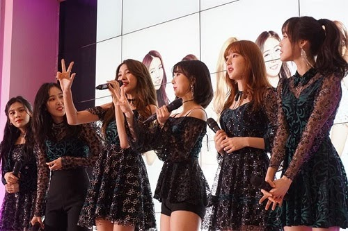 Girl group 'GFRIEND' made fan meeting in Indonesia