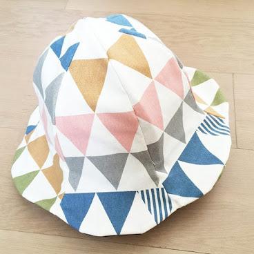 *人手製作 *  雙面帽子