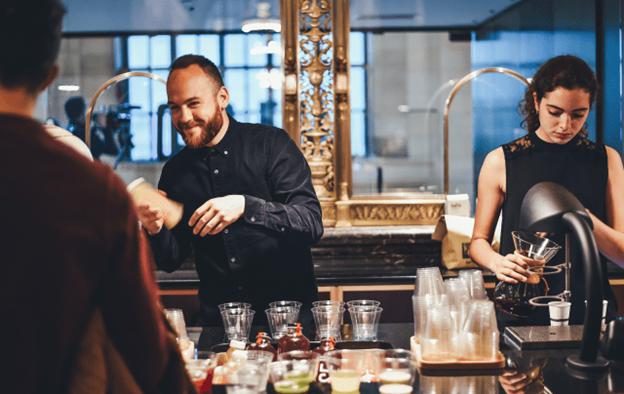 Baristas, os bartenders do café especial filtrado.