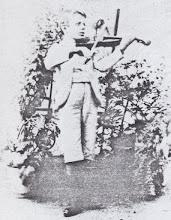 Photo: Toldrà as a kid playing the violin © Family Archive (Mdm. Narcisa Toldrà)