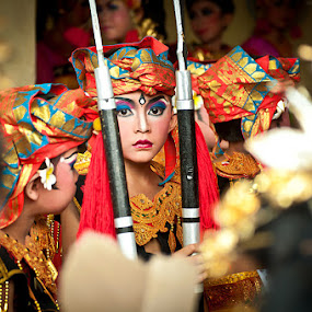 The Little Dancer by Purnawan  Hadi - People Street & Candids ( bali, event, indonesia, candid, traditional, dancer )