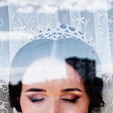 Wedding photographer Ekaterina Bondarcova (Ady-art). Photo of 27.12.2015