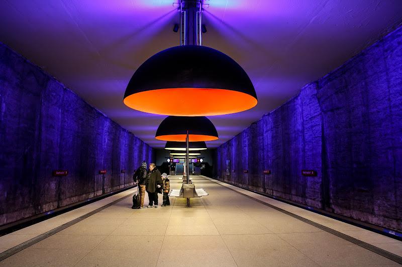 Munchen U-Bahn di E l i s a E n n E