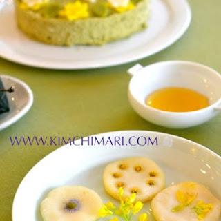 Fresh Flower Rice Pancake (화전 Hwajeon)