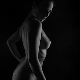 Ivana | lowkey nude by Reto Heiz - Nudes & Boudoir Artistic Nude ( studio, sexy, monochrome, nude, nudephotography, nudeart, female nude, lowkey, sensual )