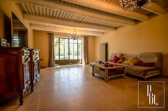 Vente maison 7 pièces 299 m2