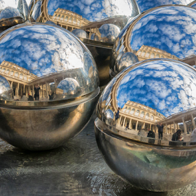 Reflecting spheres by Giancarlo Bisone - Artistic Objects Other Objects ( sculpture, paris, sky, france, steel )