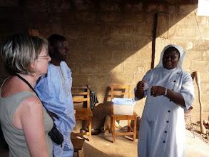 Photo: pendant que nous rendons visite à une religieuse d'Azové ( la Lumière du Christ )