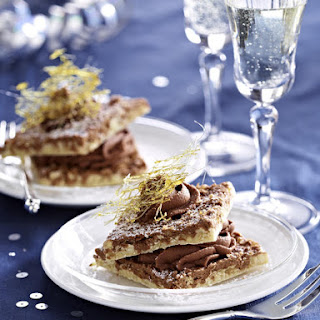 Almond Macaroon Squares with Chocolate Cream