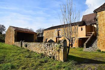 ferme à Cénac-et-Saint-Julien (24)