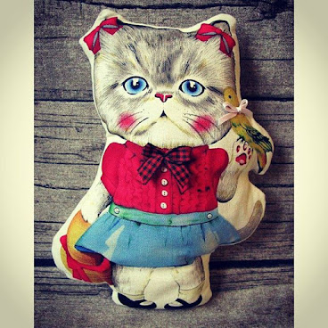 Handmade Cat Muppet from Gingerbee The Handmade #handmade #cat #catlady #muppet #cute #doll #ribbon #schoolgirl #bird #red #blue #basket #fatcat