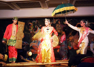 Photo: 21 August 2013 - Welcome Dinner - Singkil - part of the cultural show