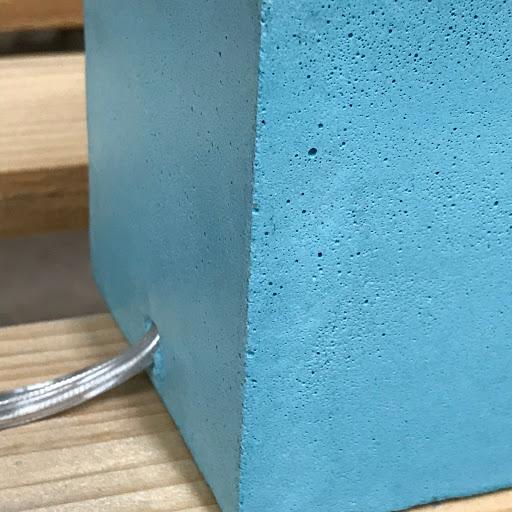 lampe cube béton bleu turquoise