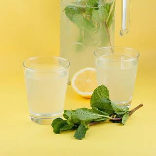 Easy Lemonade.