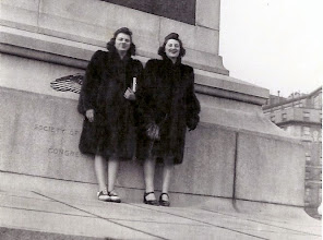 Photo: Muriel and Mildred Tulman in Washington DC