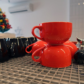 by J W - Artistic Objects Cups, Plates & Utensils