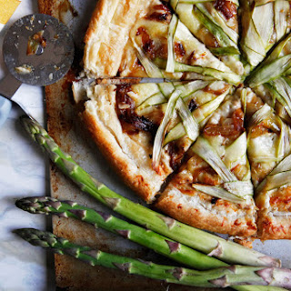 Shaved Asparagus And Caramelized Onion Pizza