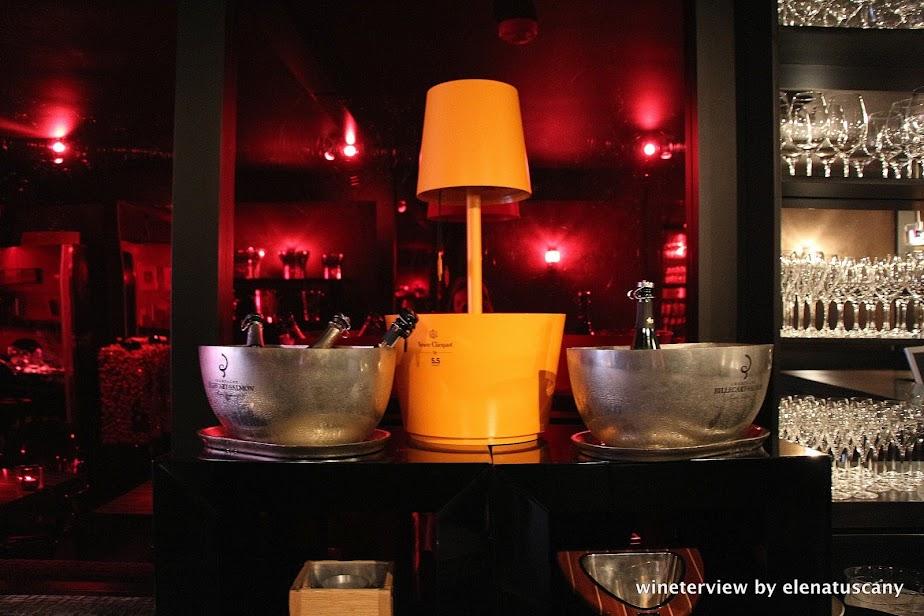 bubbles & wines, wine bar, wine bar amsterdam, wine amsterdam, bar vino amsterdam, vino amsterdam,