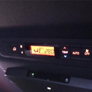 エスクァイア ZRR80G Gi  ブラックテイラードのカスタム事例画像 ジンさんの2018年11月06日22:19の投稿