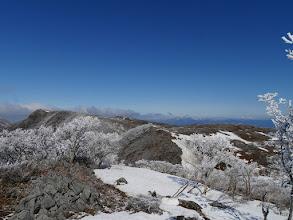 伊吹山方面(左に天狗岩)