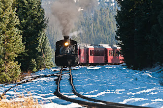 Photo: Chugging into the Cumbres Pass station