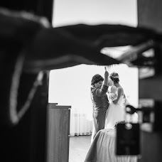 Wedding photographer Anton Kuznecov (AKuznetsov). Photo of 16.03.2017