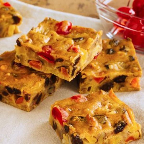 school snack ideas fruitcake bars