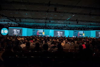 Photo: To welcome 6,100 attendees to Moscone Center..