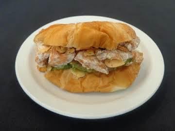 Kick-in Crispy Salmon Sandwich