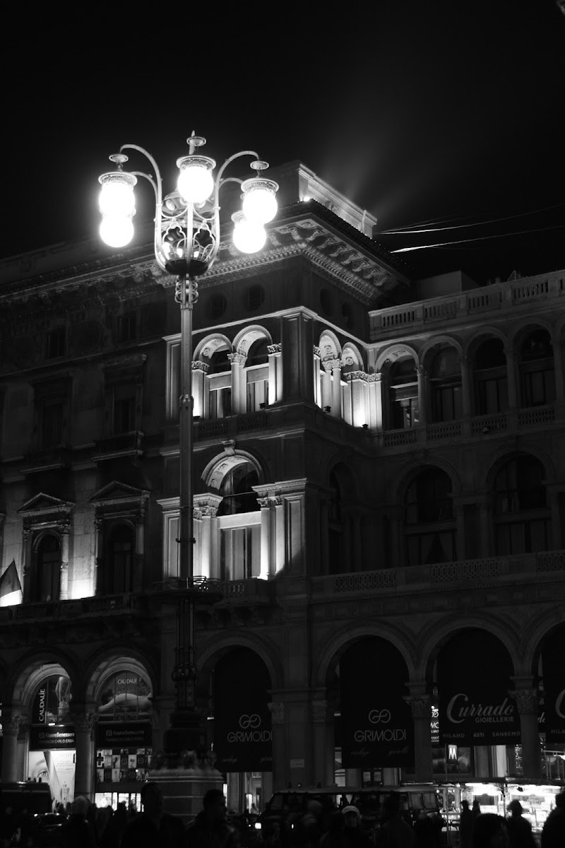 milano by night di Maz