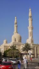 Photo: Moscheen gibt es in Dubai jede Menge