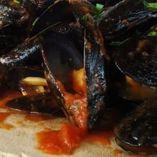 Mussels with Saffron.