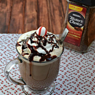 Peppermint Mocha Latte + a Giveaway!