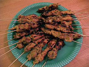 Photo: charcoal-grilled chicken satay