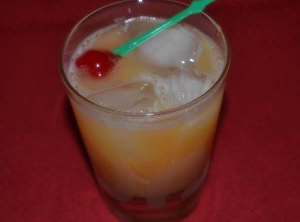 Ron's Holiday Whiskey Sours