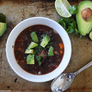 {Slow Cooker} Smokey Black Bean Soup