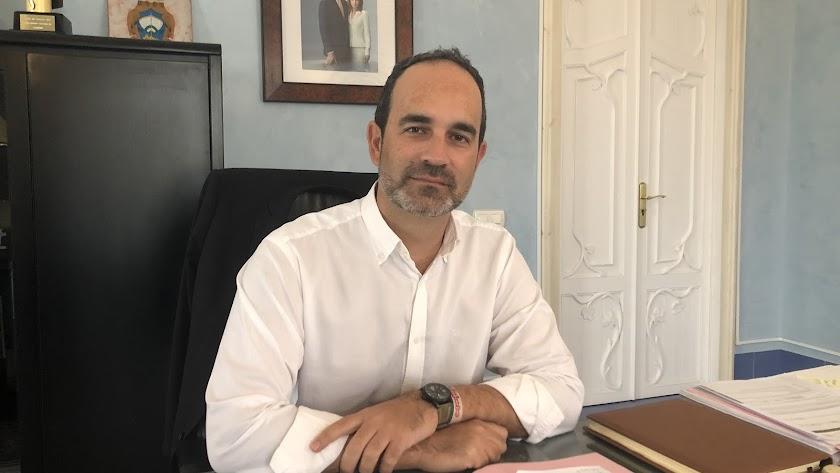 José Luis Amérigo, alcalde de Carboneras.