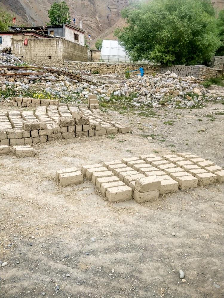 bricks+mud+kaza+Spiti+valley+himachal+pradesh.jpg