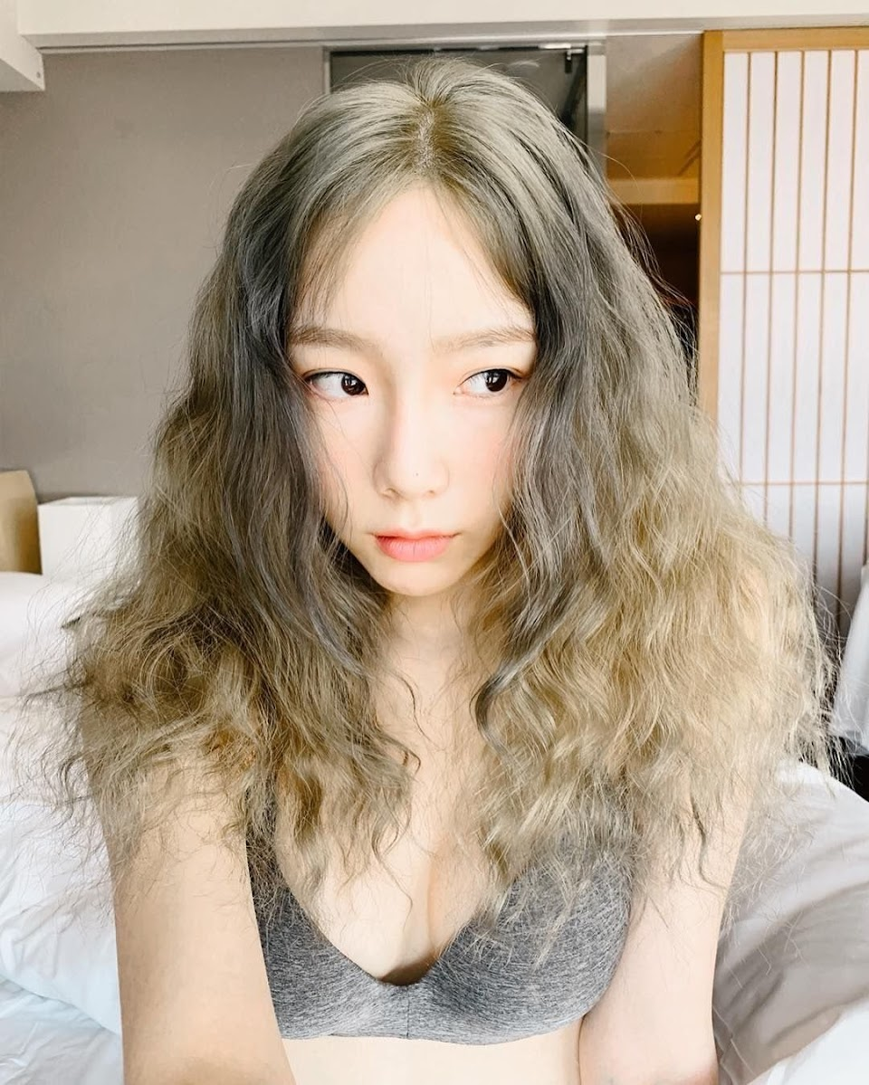 SNSD-Taeyeon-2