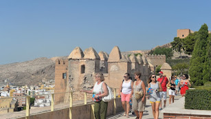 Visitantes en La Alcazaba, en una imagen de archivo.