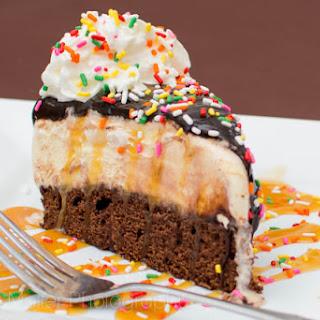 Brownie Sundae Ice Cream Cake Recipe #SundaeFundae