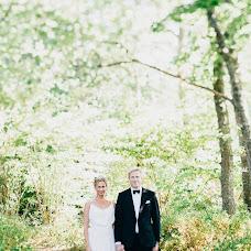 Wedding photographer Jonas Karlsson (jonaskarlssonfo). Photo of 22.10.2015