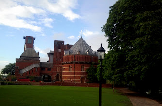 Photo: Royal Shakespeare Company Theatre