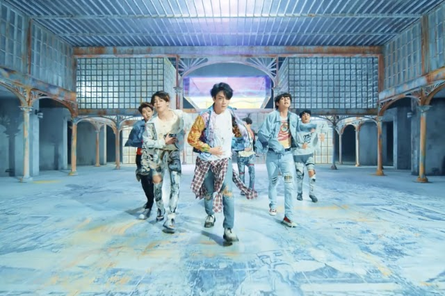 bts-fake-love-video-1526651634-640x427