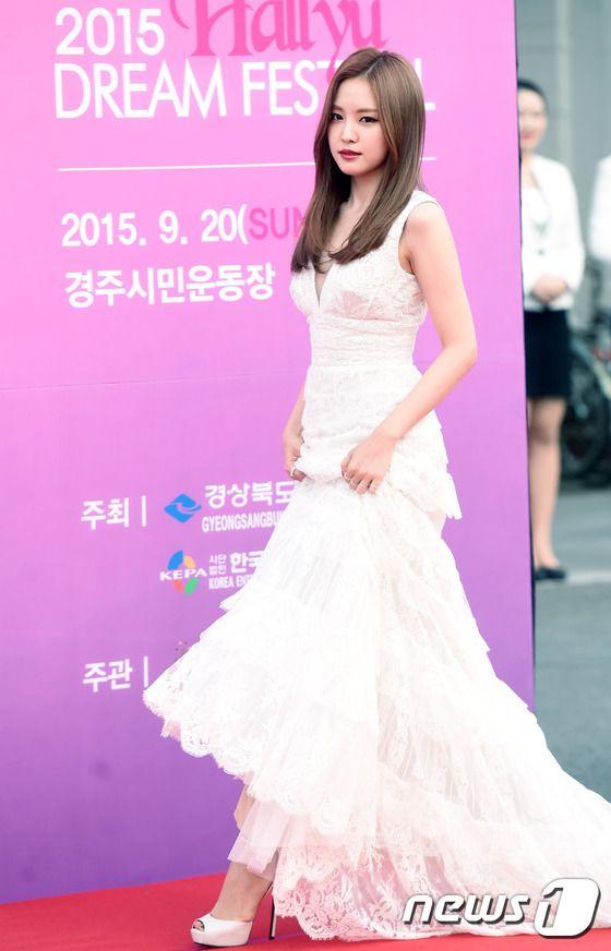 naeun gown 35